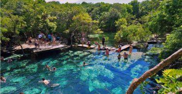 Cenote Azul. Área de nado.